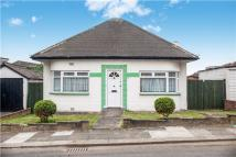 2 bed Detached Bungalow in Kinloch Drive, KINGSBURY...
