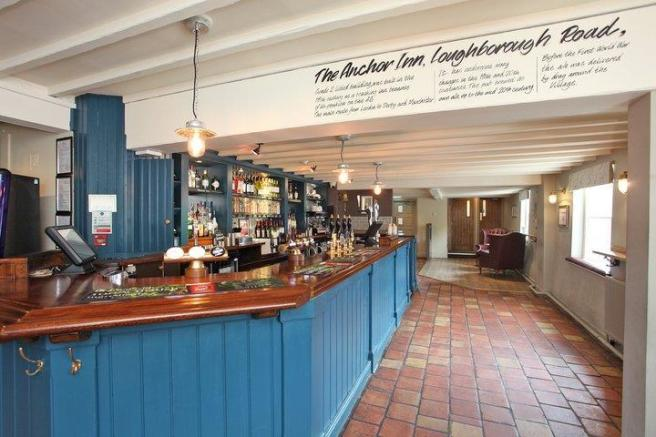 PUB AND DINING ROOM