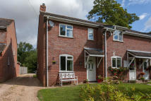 3 bed semi detached property for sale in BROAD CHALKE