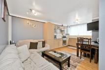 Maisonette for sale in Bruckner Street, London...