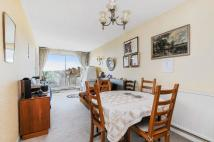 Apartment for sale in Gladstone Parade, London...