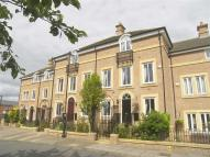 4 bed Town House in Dockwray Square...