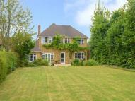 5 bed Detached property in Amersham Road, Hazlemere...