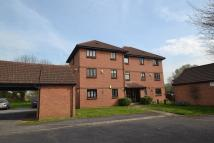 Flat to rent in Vicarage Way, Colnbrook...