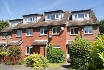 Maisonette to rent in Mead Avenue, Langley, SL3