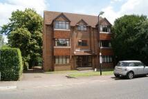 Flat to rent in Thamebridge Court...