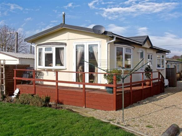2 bedroom park home for sale in slipper road emsworth