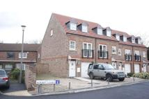 3 bed Town House to rent in 1 Hornby Court York