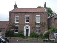 Country House to rent in Main Street York...