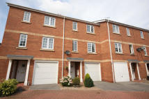 Terraced house to rent in Ropery Walk Pocklington...