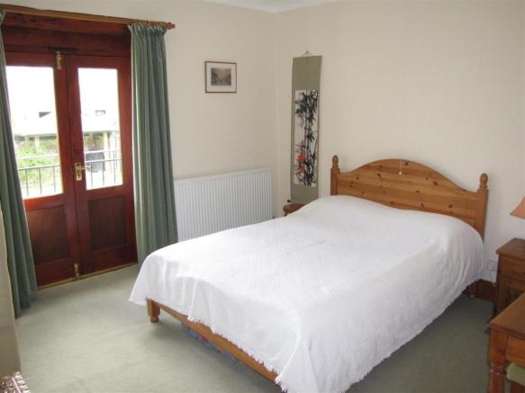 7207 Bedroom 5.JPG