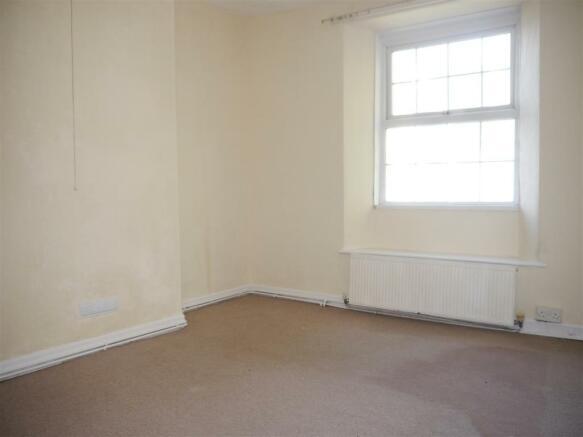 mitchell hill bedroom 1.JPG