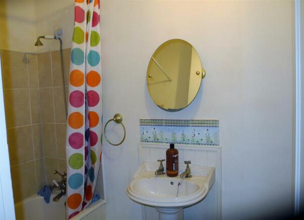 6987 Bath (2).jpg