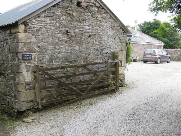 Entry from lane.JPG