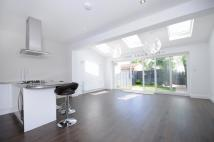 4 bed property for sale in Ealing, W5