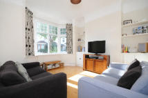 2 bed house in Ealing