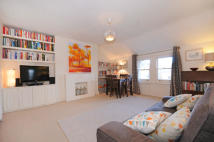Flat in Churchfield Road, Ealing