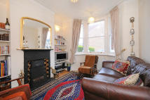 2 bed house in Northcroft Terrace...