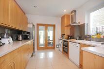 2 bedroom Terraced house in Hessel Road, W13