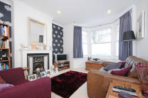 2 bedroom Flat for sale in Larden Road, Acton