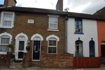Terraced home to rent in New Town