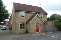 semi detached property to rent in Hythe, Colchester, CO2