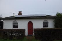 Detached Bungalow to rent in Rural Ardleigh location...