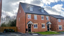 Town House to rent in Sandstone Lane...