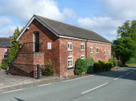 Hanmer Village Mews Barn Conversion to rent