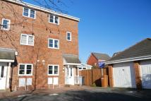 4 bedroom Town House to rent in Mottram Drive, Stapeley...