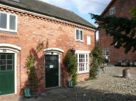 Flat to rent in Hanmer, Whitchurch...