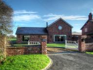 5 bedroom Detached home in Gradeley Green, Burland...
