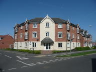 2 bed Flat to rent in Hawksey Drive, Stapeley...