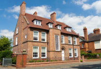 3 bed Flat in Park Road, Nantwich...