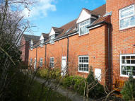 Flat to rent in Chadwicke Close...