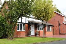 4 bed Detached property in Oakhurst Drive...