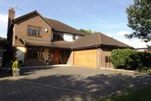 5 bed Detached home for sale in Chertsey, Surrey
