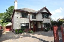 4 bed Detached home in Menlove Avenue...