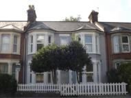 Flat in Canterbury Road, Ashford...