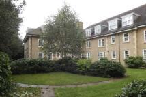 1 bedroom Flat in Brighton Road, Banstead...