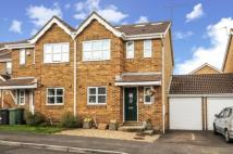 4 bed semi detached home in Basingstoke, Hampshire