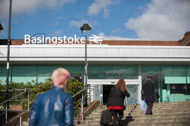 Basingsoke Station