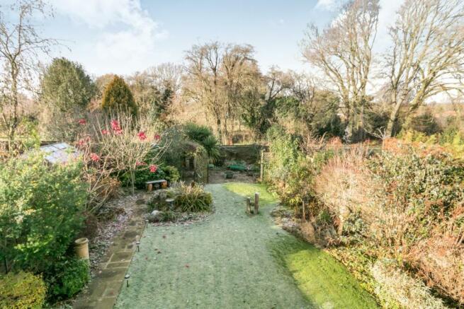 Rear Garden/Views