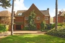 5 bedroom Detached property in Downs Hill, Beckenham