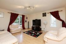 2 bed Flat for sale in Fircroft...