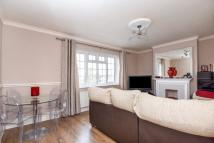 Flat for sale in Upper Elmers End Road...