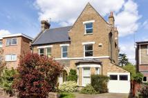 6 bedroom Detached house for sale in Bromley Grove, Bromley