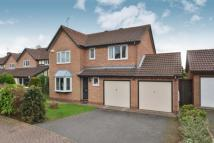 Detached property in Turnberry Close...