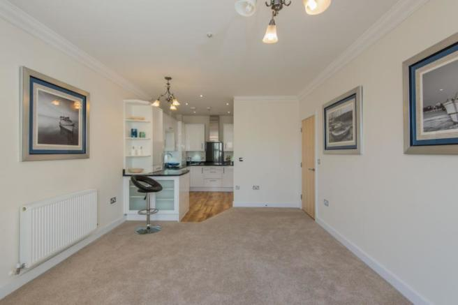 2 Bedroom Flat For Sale In Royal Court Victoria Road