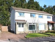 3 bed semi detached property in Neuk Crescent, Houston...
